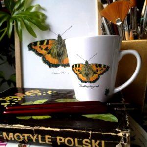 Kubek z motylem Rusałka pokrzywnik